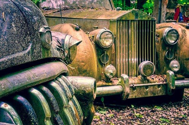 Rusty Rolls Royce
